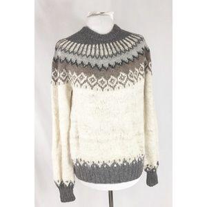 Vintage 100% Alpaca Fair Isle style Sweater